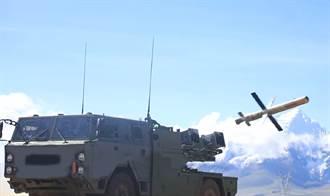 共軍在高原地區測評輕型裝甲車與紅箭10反戰車飛彈