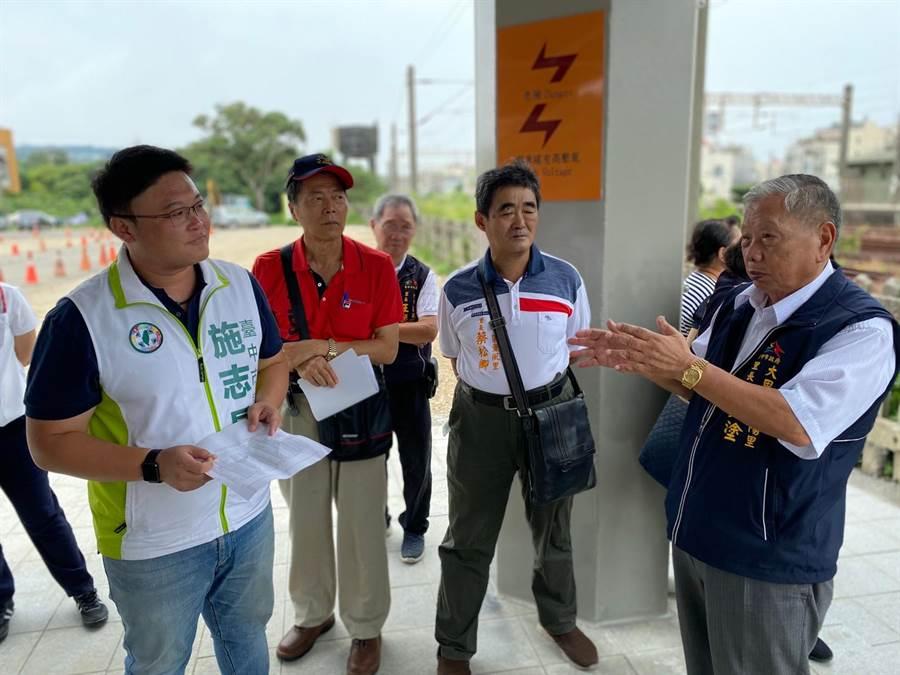 市議員施志昌協助解決用地取得,大甲火車站後站將闢停車場。(陳淑娥攝)
