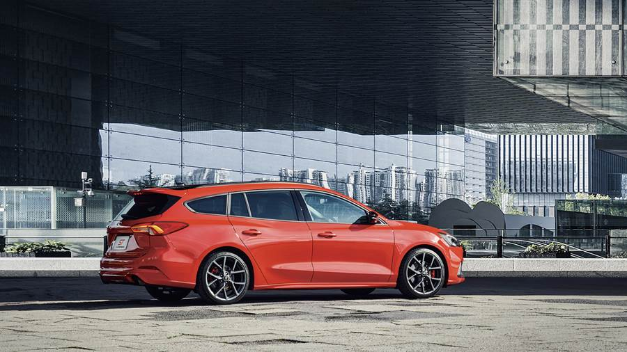全新上市Ford Focus ST Wagon將以高性能魅力、豐富科技、空間機能與駕馭樂趣為Ford Focus全方位車系再添Performance新戰力。