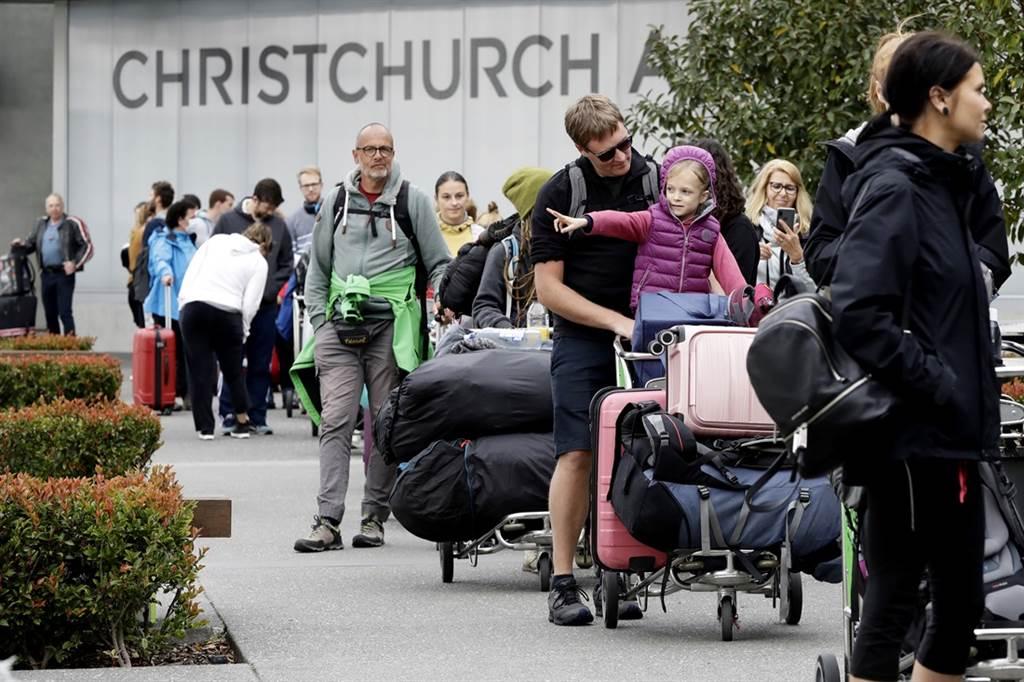 紐西蘭百日零本土新冠病例的紀錄要破功了?11日傳出當地一間養老院8名住戶出現呼吸道症狀,養老院已緊急封鎖。(資料照/美聯社)