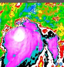 米克拉變強變結實!本島降雨最顯著時間出爐
