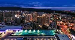 旺House》高雄藝術地標「京城美術皇居」擁空中泳池 、超強會館超低公設比