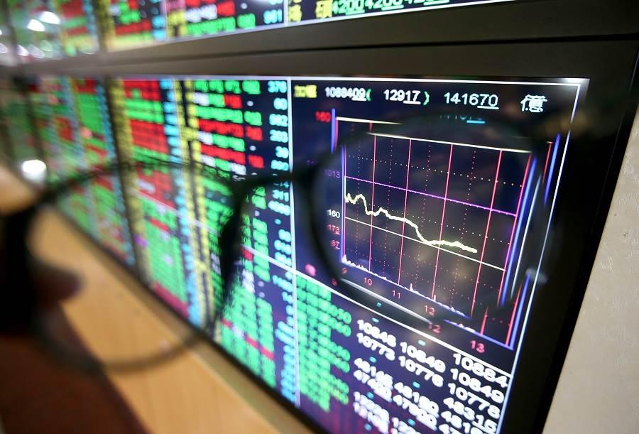 金控3雄獲利暴衝!富邦金前7月EPS飆4.67元。(本報系資料照)