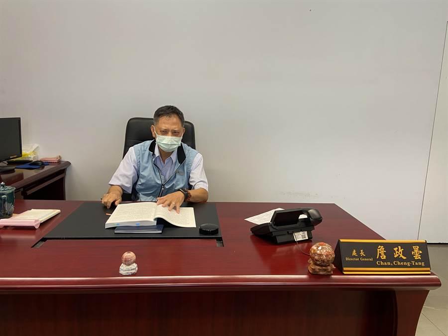 台中市新任政風處長詹政曇11日受訪時表示,現在待命中,一切聽市長指示。(盧金足攝)