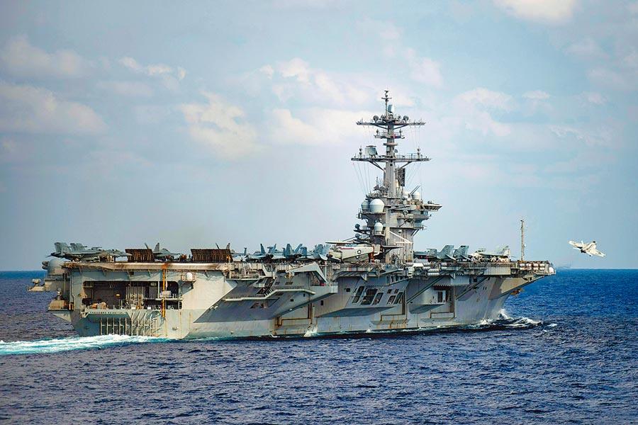 美國學者米爾斯海默指出,大陸正在增強飛彈能力,一旦發生戰事,航空母艦會成為飛彈的標靶。(美聯社資料照片)