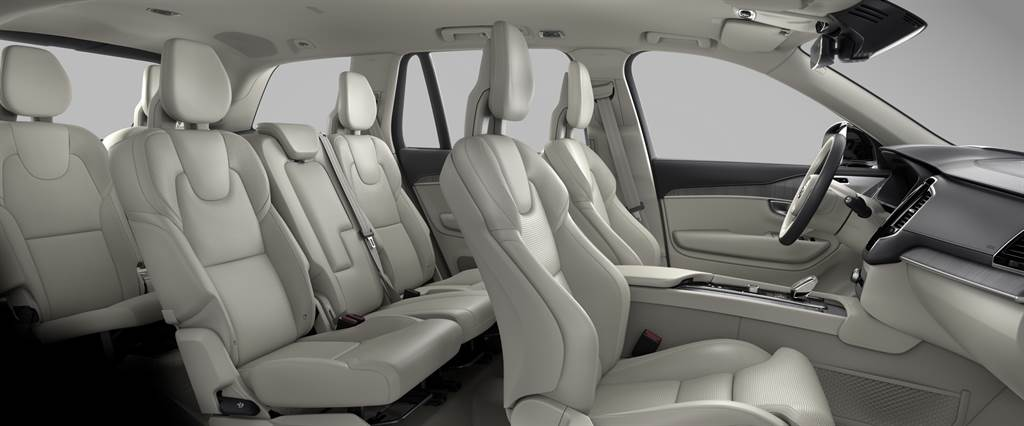Volvo XC90 T8 PHEV 雙能電動 好評如潮獲獎不斷 英國指標媒體《What Car?》評為年度最佳電動車之一