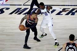 NBA》利拉德神級演出 拓荒者75%進季後附加賽