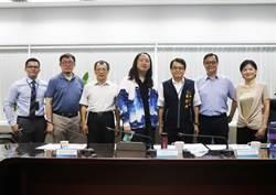 中市府向唐鳳與數位專家取經 大步邁向智慧城市