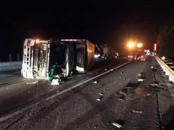 國道3號傳死亡車禍 大貨車苑裡路段翻覆釀1死1傷