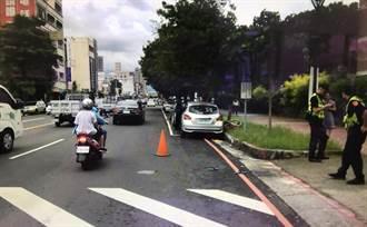 悲!台中7旬翁推老伴過馬路被小客車撞飛  共1死1傷