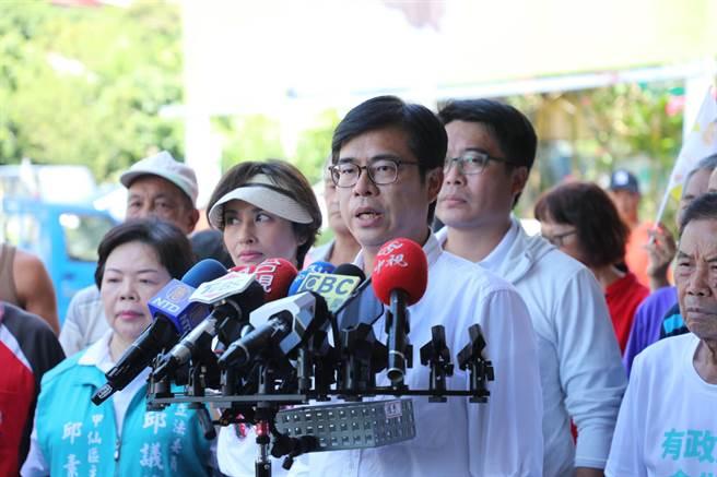 民進黨高雄市長候選人陳其邁表示,希望6月6號投票的人,能夠在8月15號也能繼續來表達他們堅定的決心及投票的行動,這樣能夠確保8月15號讓高雄能夠有一個希望的開始。(林雅惠攝)