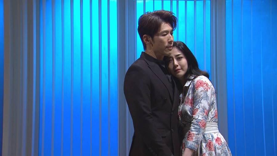 韓瑜劇中深愛黃少祺飾演的老公張嘉良。(三立提供)