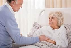 患者丈夫病床前狂挑剔 醫曝內幕 網鼻酸:這洋蔥好辣