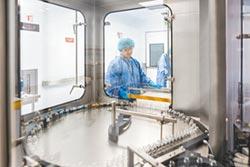 阿札爾效益 學者建議爭取疫苗來台量產