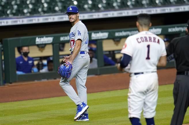 道奇後援投手喬凱利在隊上太空人比賽中嘲諷對手,被處罰禁賽。(美聯社資料照)