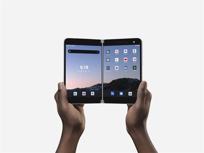 甭猜了 微軟公布Surface Duo雙螢幕手機上市日