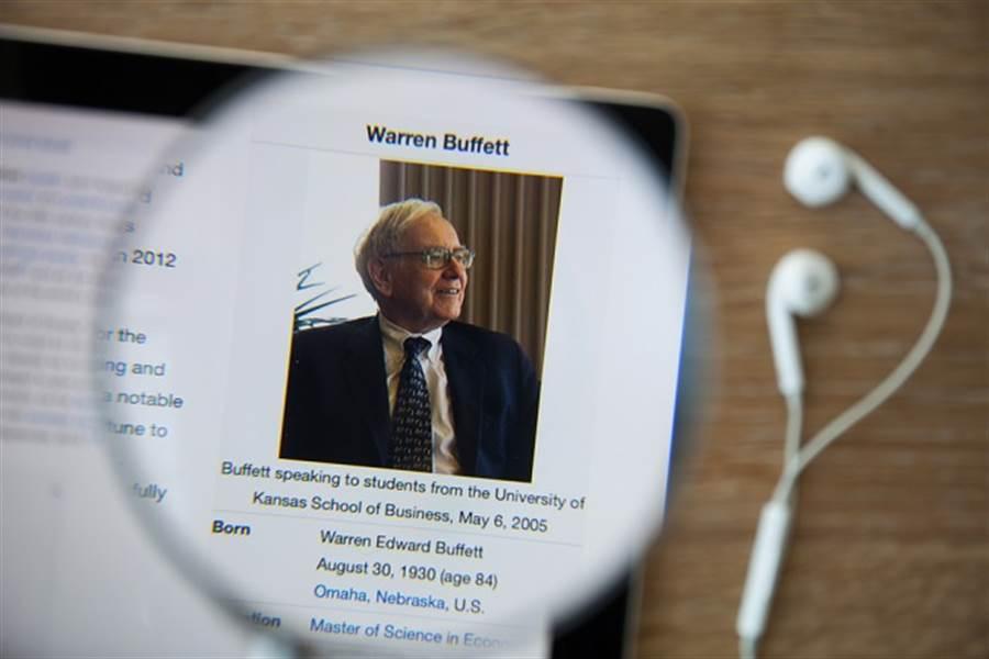 「巴菲特指標」示警 全球股市泡沫恐重現? (示意圖/達志影像/shutterstock提供)