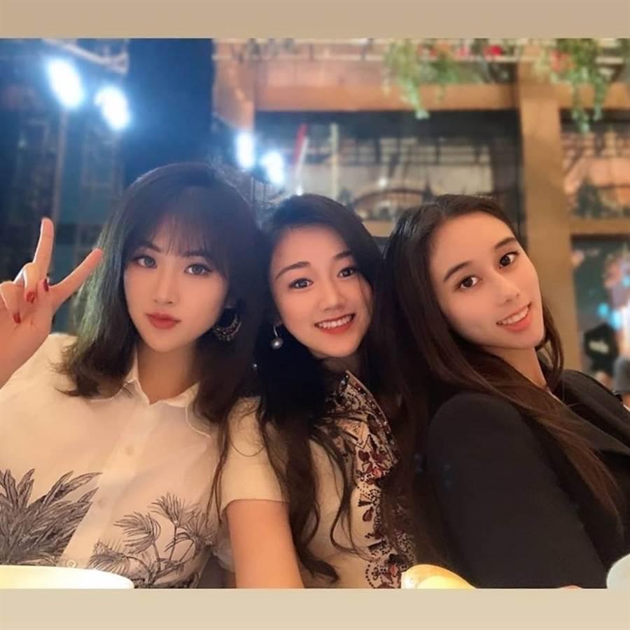 姚安娜(左起)、袁九兒與何超欣被封千億女團。(圖/取自《on.cc東網》)