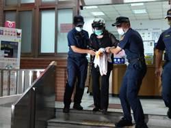 鄭惠中被移送警局  高喊:討厭台獨教父