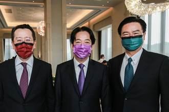 台灣官員見阿札爾 口罩超搶眼 林靜儀炫稱「武力展示」網罵翻