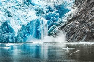 熱浪來襲...瑞士著名冰川融化「崩塌成瀑布」!驚人畫面曝光