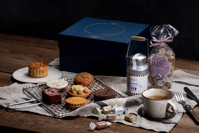 深夜裡的法國手工甜點和依思尼合作推出聯名中秋禮盒,圖中為頂級款內裝。(圖/品牌提供)