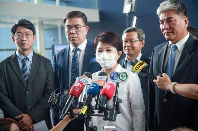 台中市長盧秀燕強調,她是一位女性市長,媽媽市長重視執行力,女性有的是耐心,不要挑戰媽媽的毅力。(盧金足攝)