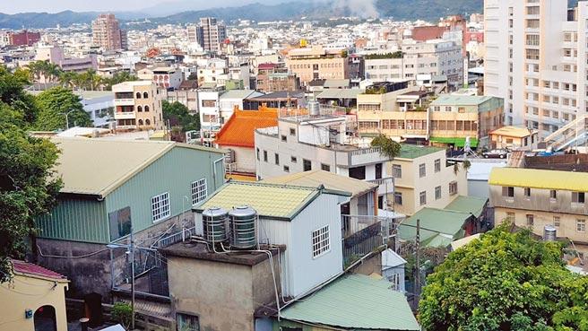 苗栗县政府满足民眾租屋需求,今年度争取994户租金补贴名额,嘉惠更多租屋族。(何冠娴摄)