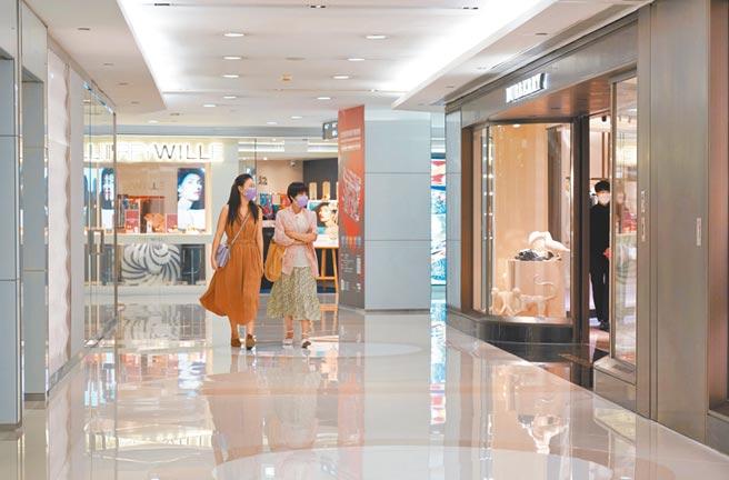 香港海港城奢侈品店門可羅雀。(中新社資料照片)