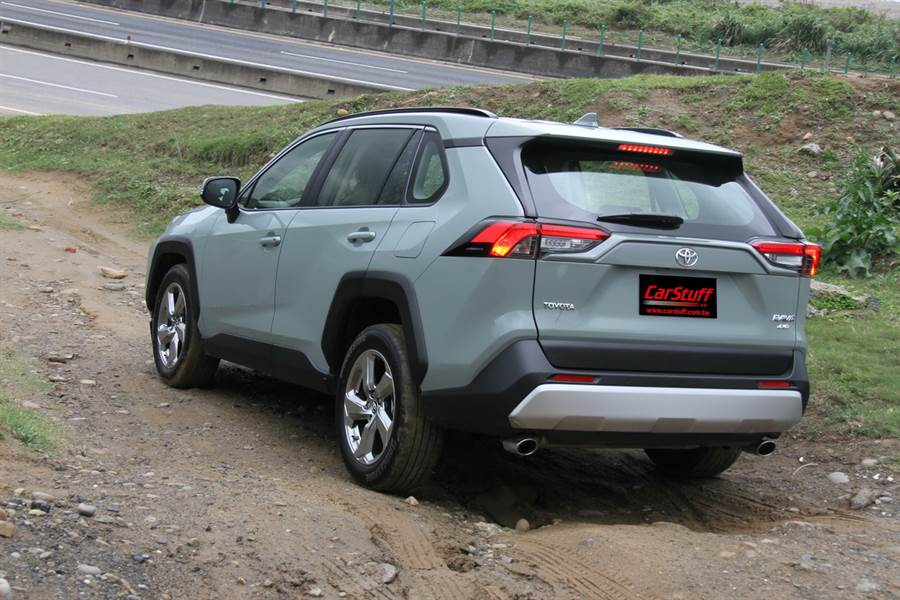 Adventure 4WD規格改導入2.0動力,2021年式Toyota RAV4能源局油耗測試現蹤