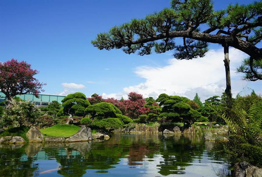 精緻的造景被網友喻為「台版兼六園」。成美文化園提供。