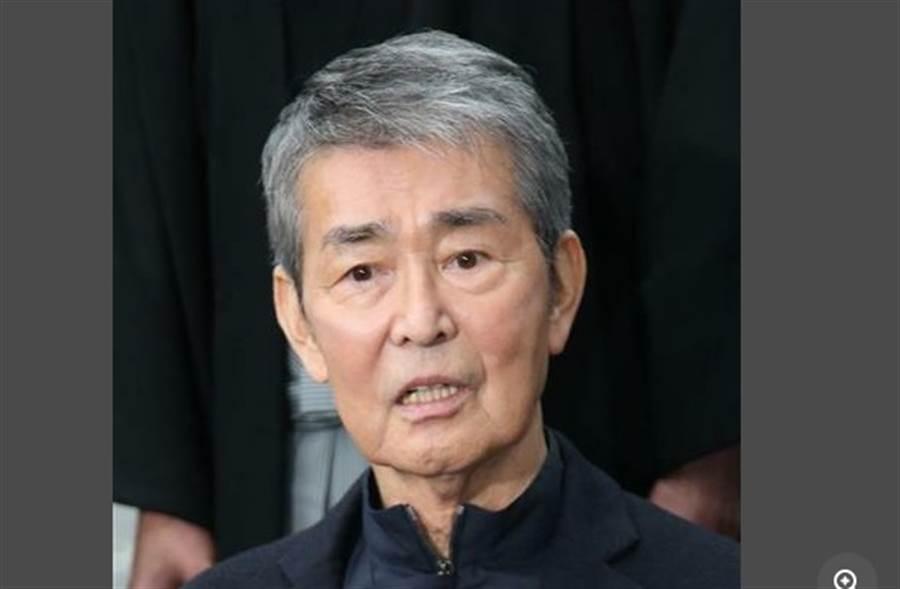 日本老牌男星渡哲也肺炎逝世。(取自日網)