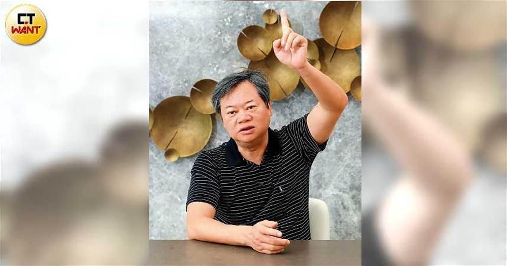 陳重銘近期加碼買進500張國泰永續高股息ETF。(圖/王永泰攝)