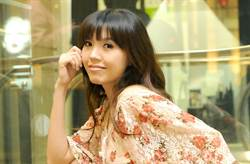 劉樂妍求問可否寄口罩回台 吐金句「得了新冠就回台治療」