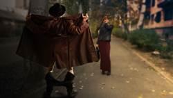 工程師凌晨穿小圍裙「遛鳥」 甩下體還追孕婦跑 下場好慘
