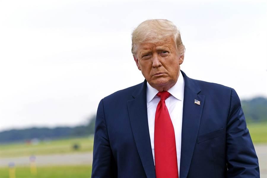 川普72歲親弟弟羅伯特(Robert Trump)傳出病重住院,川普已經赴紐約醫院探視。(圖/美聯社)