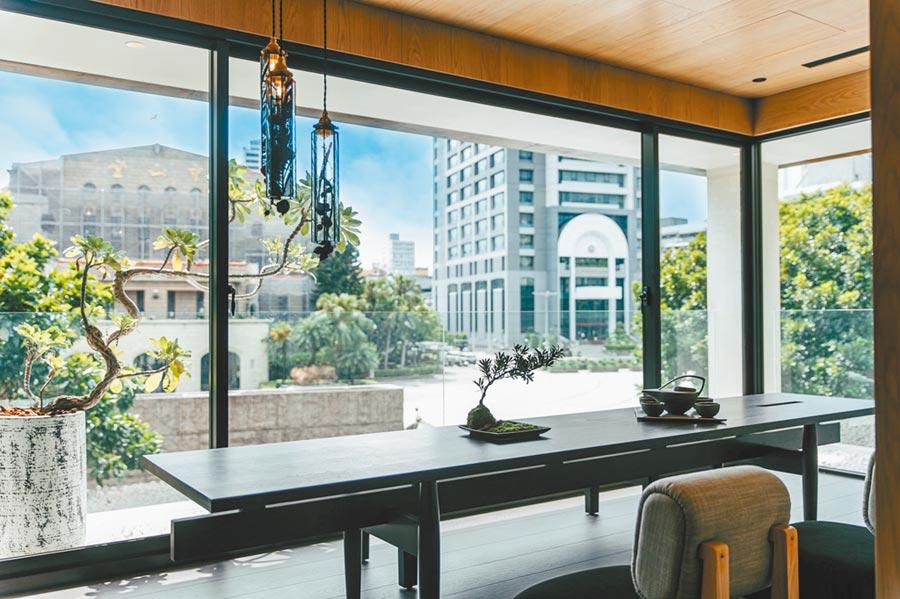 正對著台北中山堂的全新住宅「新美齊硯」,特別力邀建築大師蘇喻哲跨刀設計。