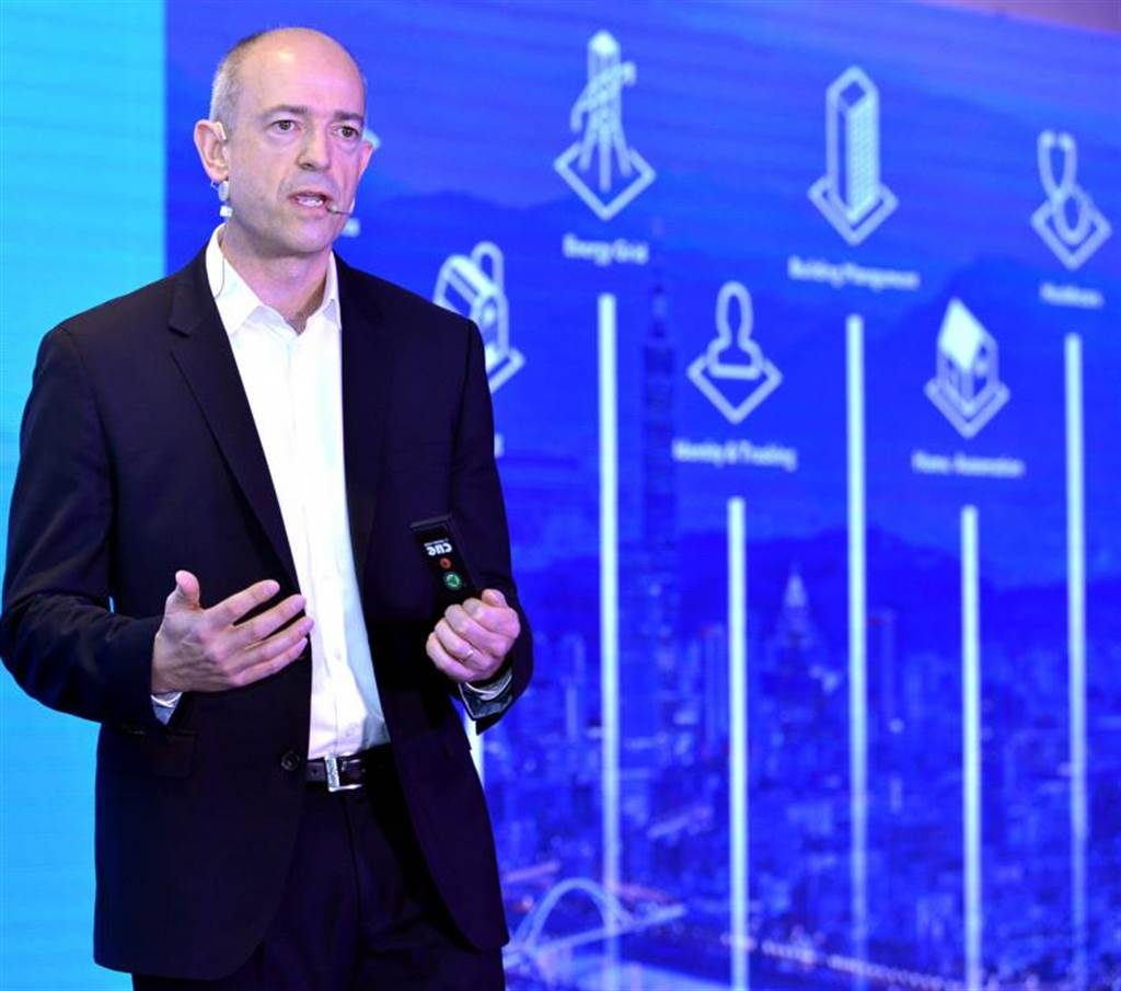 安謀最近因母公司軟銀(SoftBank)的財務危機,將被出售,成為半導體界中的大事,圖為安謀執行長Simon Segars。(圖/報系資料照)