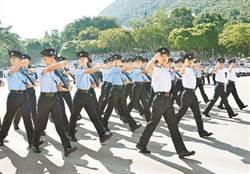 港警公安化 港學者籲警察訓練棄英改中 換陸式步操