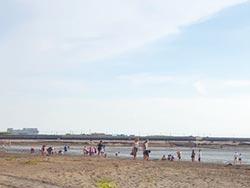 雲林三條崙海水浴場重生 人潮再現