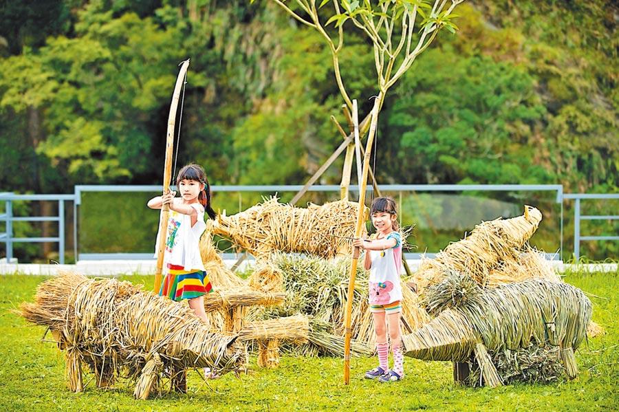 太魯閣晶英酒店的「小小獵人體驗營」,小學員能體驗各式部落活動。(太魯閣晶英酒店提供)