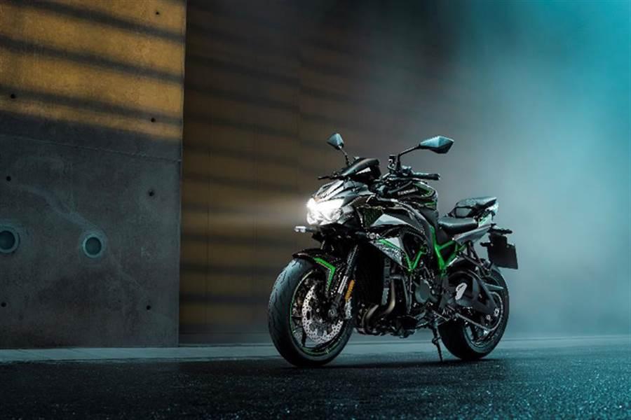 Kawasaki X PIRELLI盛夏賞車會、Z H2正式售價調降