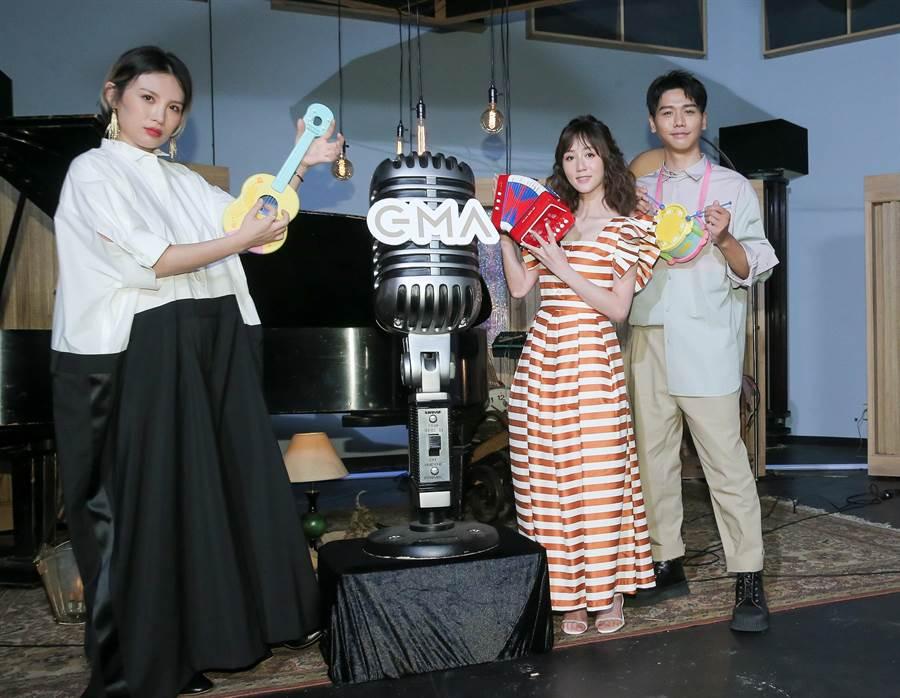 魏如萱(左起)、瑪麗及蔡旻佑開心同框。(盧禕祺攝)