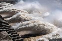 長江5號超級洪峰來襲 三峽水庫迎戰建庫以來最大流量