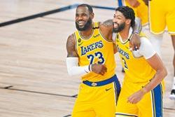 NBA》詹姆斯生涯季後賽首輪13次全部過關 首戰只吞1敗