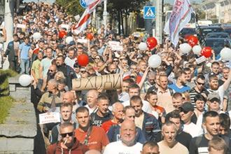 白俄羅斯示威 普丁稱準備出兵
