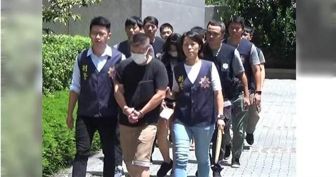 士林地檢署指揮警方迅速辦案,短短二個月就逮獲車手集團主要幹部10多人。(圖/翻攝畫面)