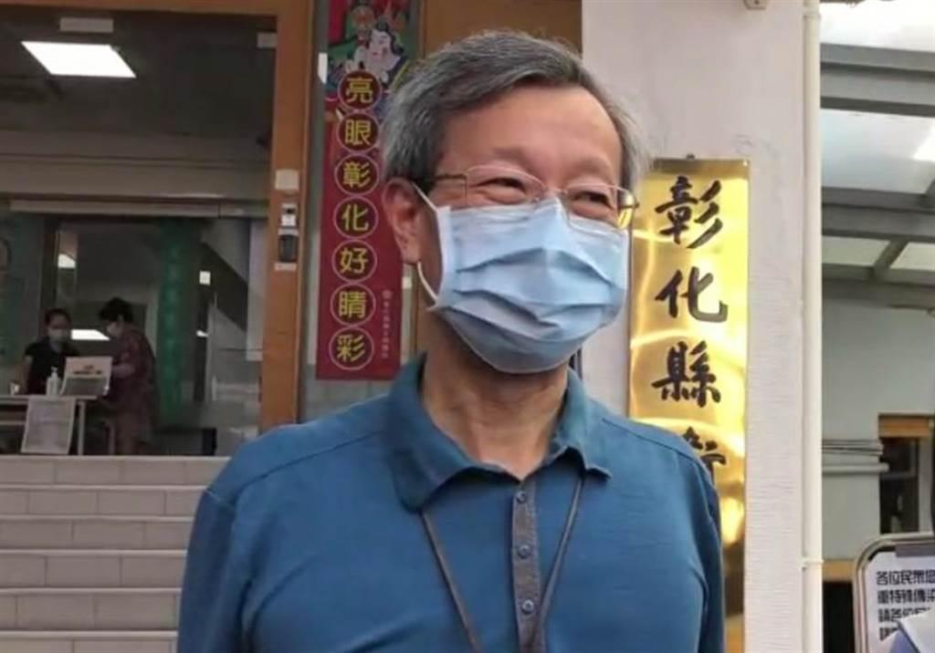 彰化縣衛生局長葉彥伯表示,中央從沒規定無症狀不能採檢。(吳敏菁攝)