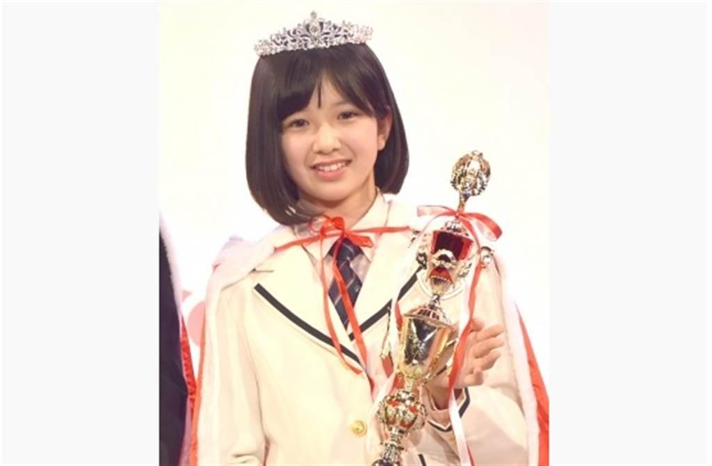 荻野心2018年拿下日本最可愛國中生亞軍。(取自日網)
