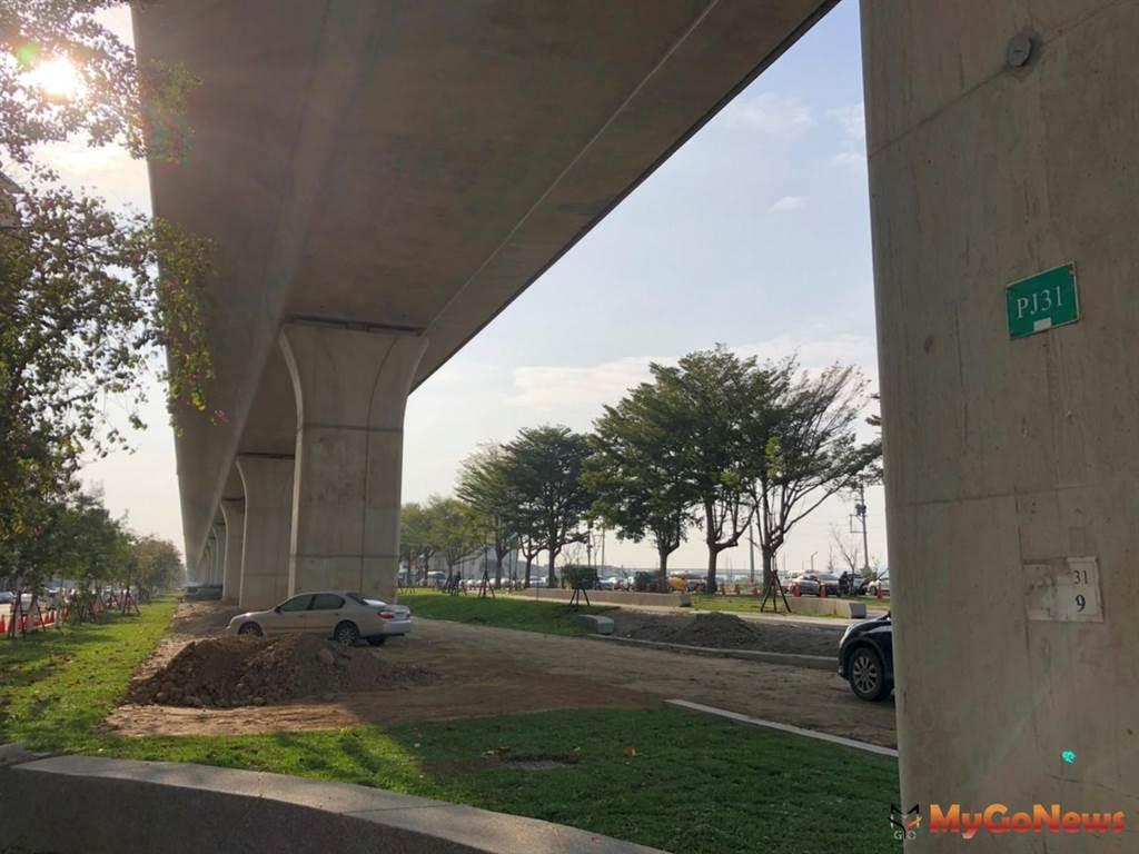 全台最長高架橋下空間,台中市境內鐵路沿線精華地段公開招商(圖:台中市政府)